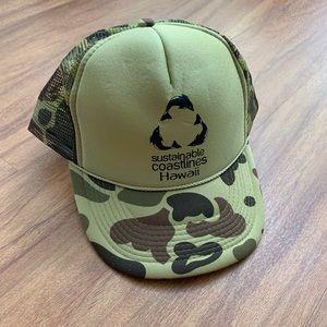 NWOT Camouflage Sustainable Coastlines Hawaii Hat